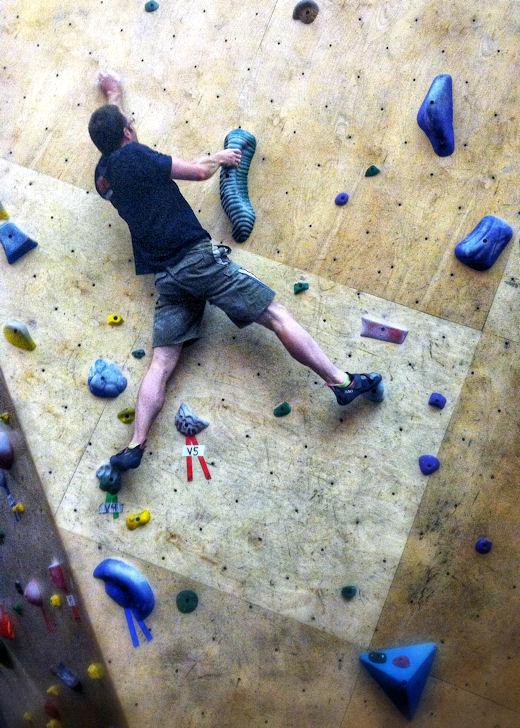 levi climbs fun v4 bouldering problem