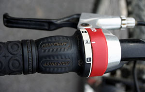 how to change the cable on a bicycle grip shifter
