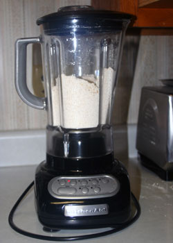 blending oats in blender