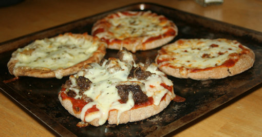 fresh hot pita pizzas
