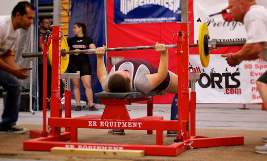 bench press during powerlifting comp
