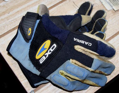 axo cabria gloves