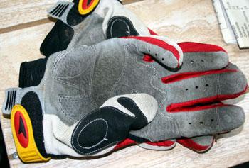 axo padlock glove palm