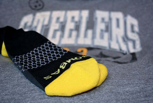 bombas black yellow socks