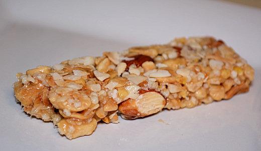 clif mojo coconut almond peanut