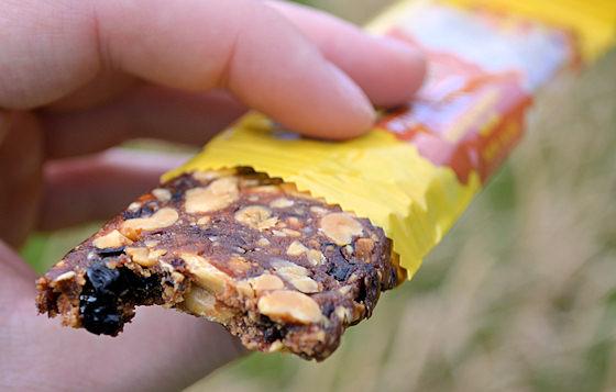 honey stinger peanut butter jelly snack bar
