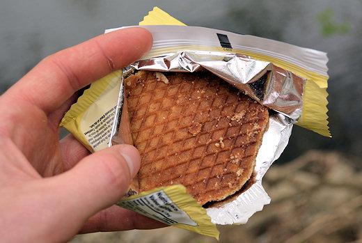 honey stinger waffle crumbling