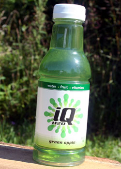 iQ H2O green apple water