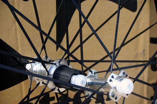 neuvation m28 aero3 hubs spokes