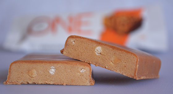 peanut butter pie one protein bar cut open