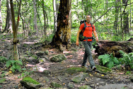 levi hiking moraine state park with osprey volt pack