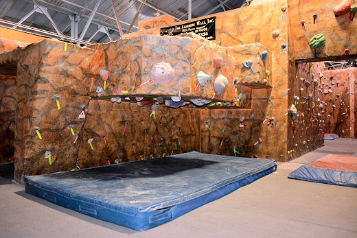 the climbing wall mini roof