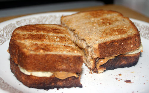 toasted pb banana sandwich
